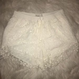 Abercrombie & Fitch White crochet shorts